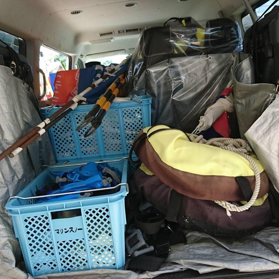 千葉県館山市の沖ノ島ビーチで営業の準備 2017/07/14