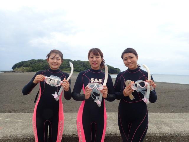 千葉県館山市の沖ノ島ビーチでシュノーケリング体験 体験ダイビングなら沖ノ島ダイビングサービスマリンスノー