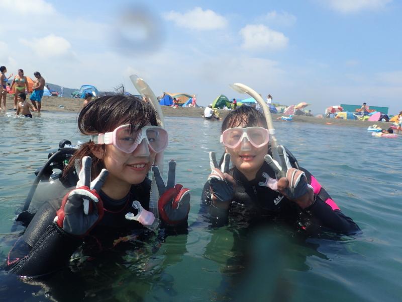 千葉県館山市の沖ノ島ビーチで埼玉県と千葉県からお越しの女性2名の体験ダイビングを行いました。|千葉県館山市の沖ノ島ダイビングサービスマリンスノー