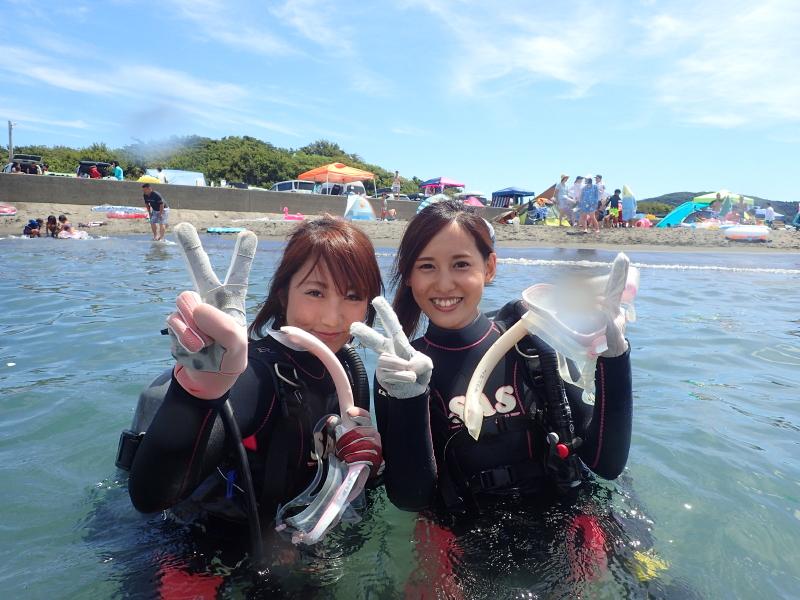 千葉県館山市の沖ノ島ビーチで千葉県からお越しの女性2名の体験ダイビングを行いました。|千葉県館山市の沖ノ島ダイビングサービスマリンスノー
