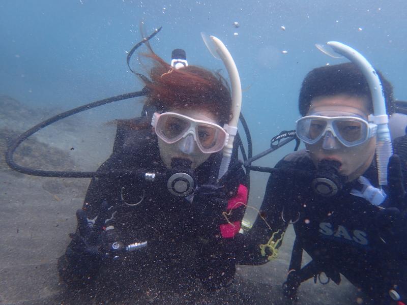 千葉県館山市の沖ノ島ビーチで男女2名の体験ダイビングを行いました。|千葉県館山市の沖ノ島ダイビングサービスマリンスノー